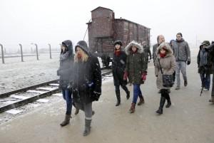 Visit to the concentration camp memorial Auschwitz | Photo: DBT/ von Saldern