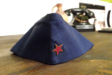 Memory Suitcase: Unity in the Hat