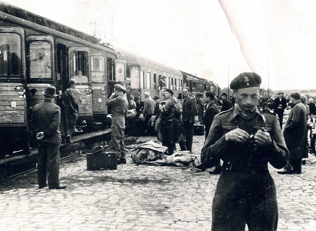 Polish leaving Haren in 1948. (Source: Gilles Lapers)