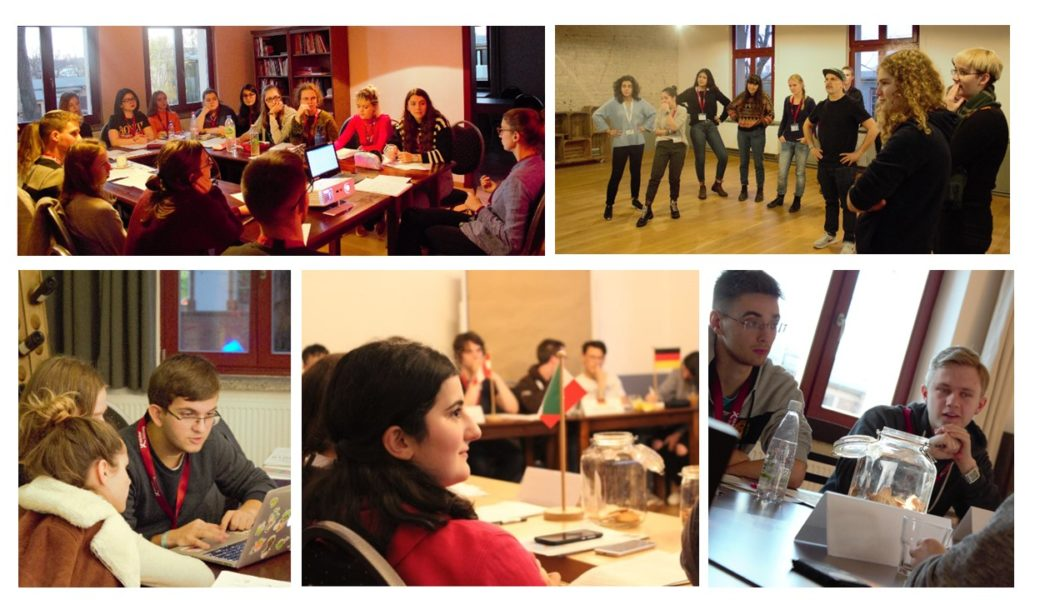 A peak behind the workshop doors of day one!